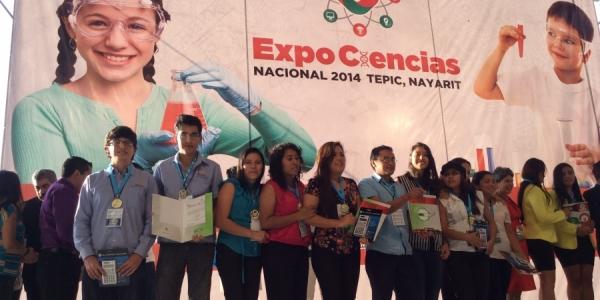 Obtienen alumnos de la UNACH Premio Nacional en Concurso Expo Ciencias 2014