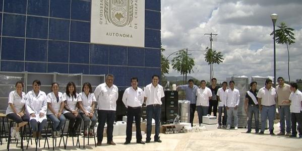 Dotan de mobiliario y equipos especializados a los laboratorios de la Extensión de la Facultad de  Ciencias Químicas de la UNACH