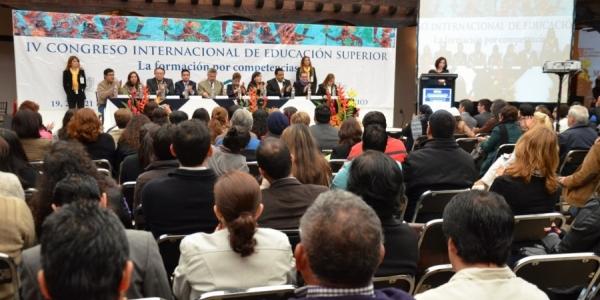 Intercambian experiencias académicos de siete países en IV Congreso Internacional de Educación Superior organizado por la UNACH