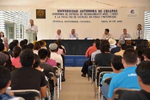 Certifican a  nivel nacional a las licenciaturas en Física y Matemáticas que se imparten en la UNACH